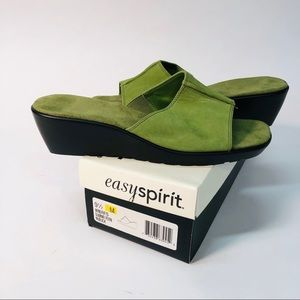 Easy Spirit Womens Size 9 1/2M Green Wind Rifts